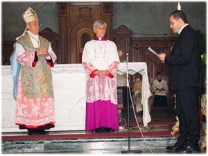 Il Cardinale Paul Popard incorona la B.V. Immacolata di Squillace