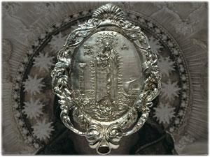 Medaglioni Pettorali realizzati per l'Associazione Portantini della Madonna di Capocolonna di Crotone