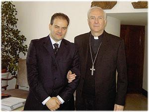 Croce Pettorale in oro realizzata per Sua Ecc.za Mons. Piero Marini