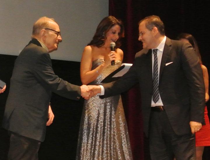 """L'arte di Affidato premia Ennio Morricone al Premio internazionale """"Sonora, una Musica per il Cinema"""""""