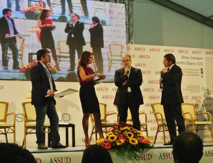 L'Associazione  Assud conferisce il Premio Stelle del Sud 2014 a Michele Affidato