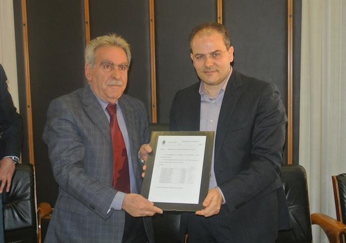 Menzione Speciale conferita dall'Amministrazione Comunale di Crotone al Maestro orafo Michele Affidato