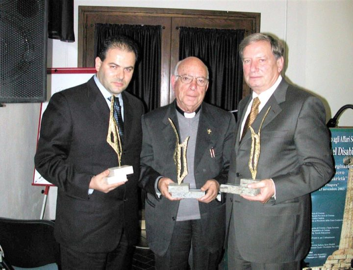 """XVI° Premio Internazionale """"Cultura e Solidarietà"""" A Don Cesare Oliveti, al Giudice Dr. Raffaele Lucente e all'orafo Michele Affidato"""