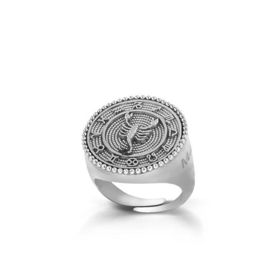 anello-con-segno-zodiacale-scorpione-in-argento