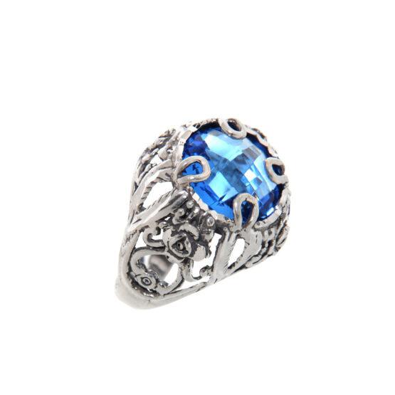 Anello fatto a mano in argento 800 con pietra grande azzurra tonda di Michele Affidato