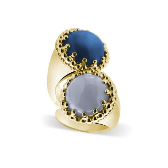 Anello dorato in argento 925 doppio con pietre cianite e calcedonia di Michele Affidato