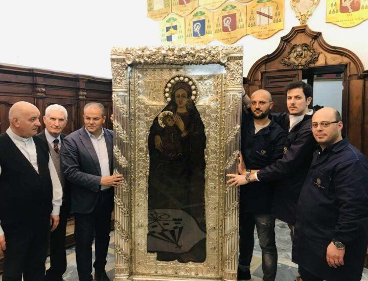 Restauro Cornice del Quadro della Madonna di Capocolonna