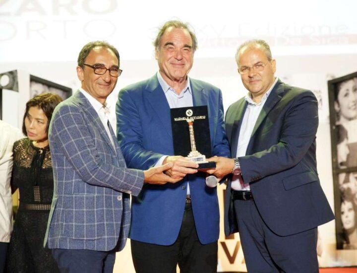 Oliver Stone premiato con la Colonna D'Oro