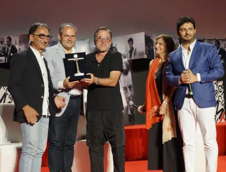 Tim Roth premiato con il Magna Graecia Award